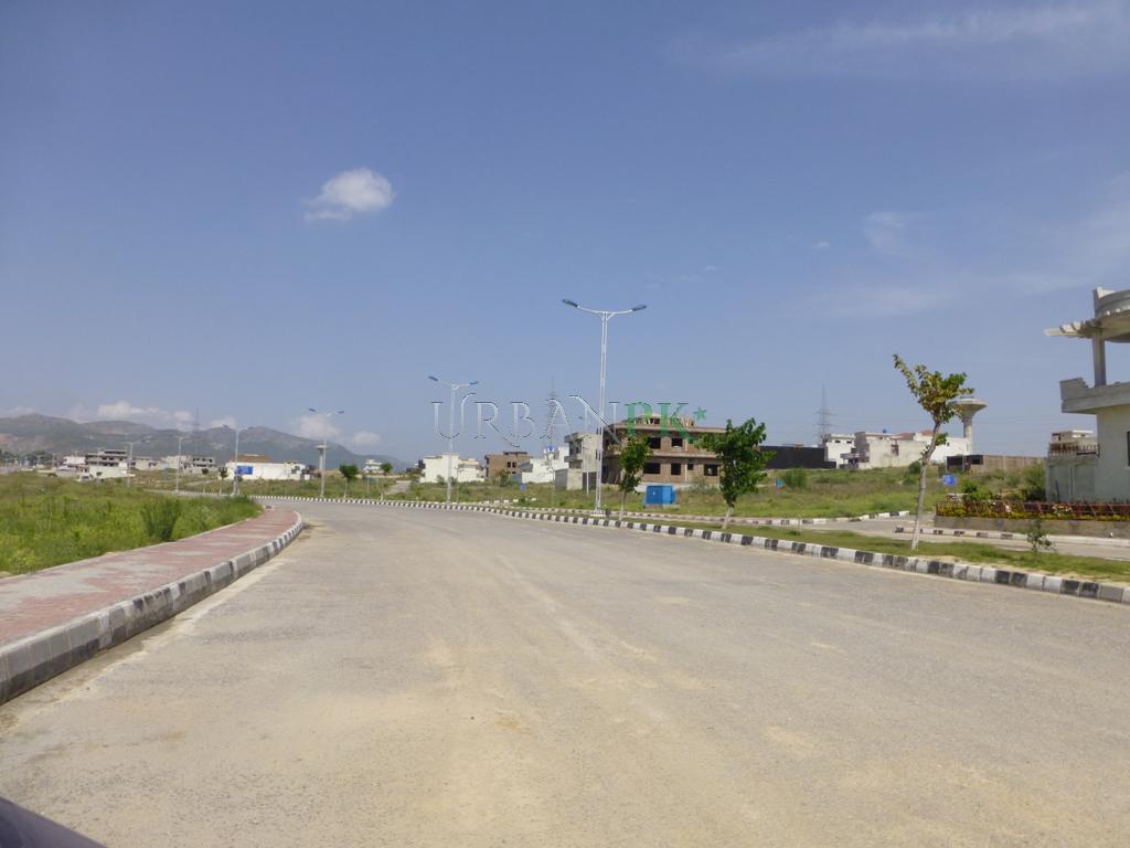 Islamabad%20-%20Sector%20B-17%20-%20Mult